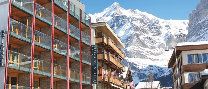 Switzerland_Grindelwald_Eiger-self-catering-apartments_Exterior-winter.jpg